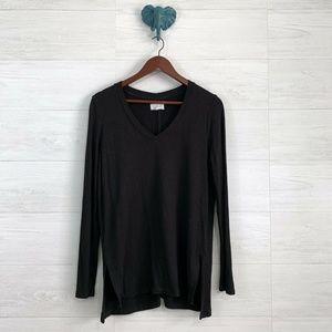 Lou & Grey Oversize Boxy Plush Knit V Neck Sweater